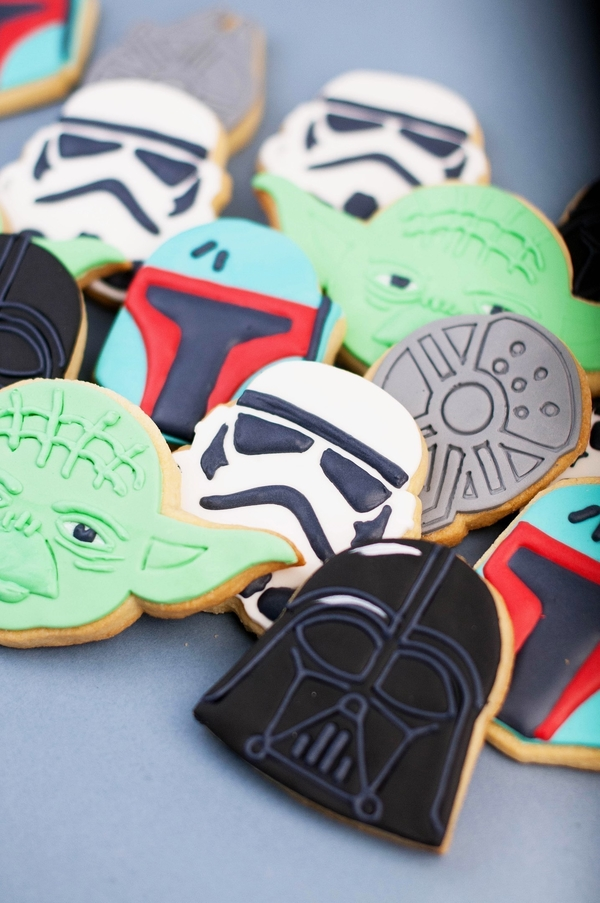 Medium  Star Wars cookie cutters- 100 and 80mm (Free) 3D Printing 258257