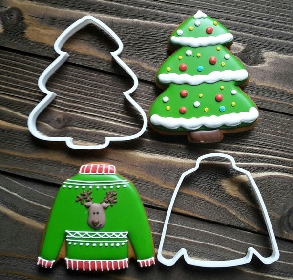 Medium Cookie Cutters- Christmas tree and Sweater 90 (Free) 3D Printing 261773
