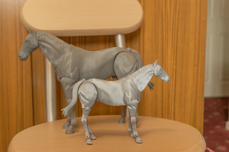 1:18 + 1:12  Scale  Articulated Horse Figure. 3D Print 281194