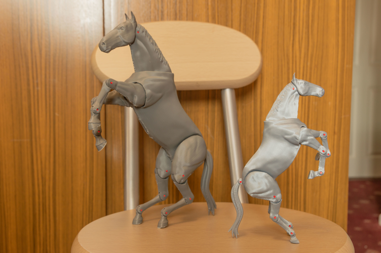 1:18 + 1:12  Scale  Articulated Horse Figure. 3D Print 281195
