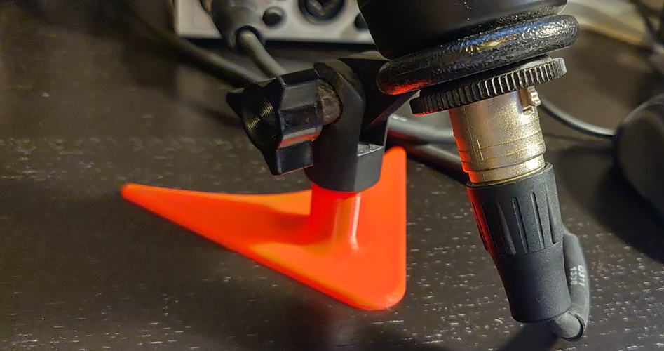 Simple Desktop Microphone Stand 3D Print 283586