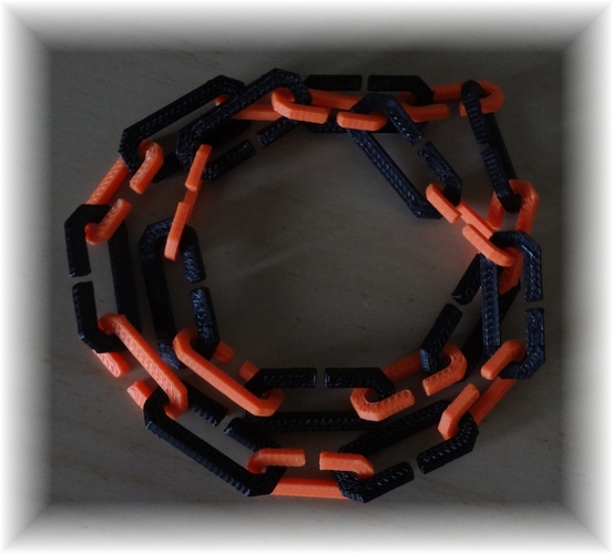 simple linked chains with the letter C 3D Print 28364