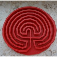 Small Classical round seven path labyrinth 3D Printing 28375