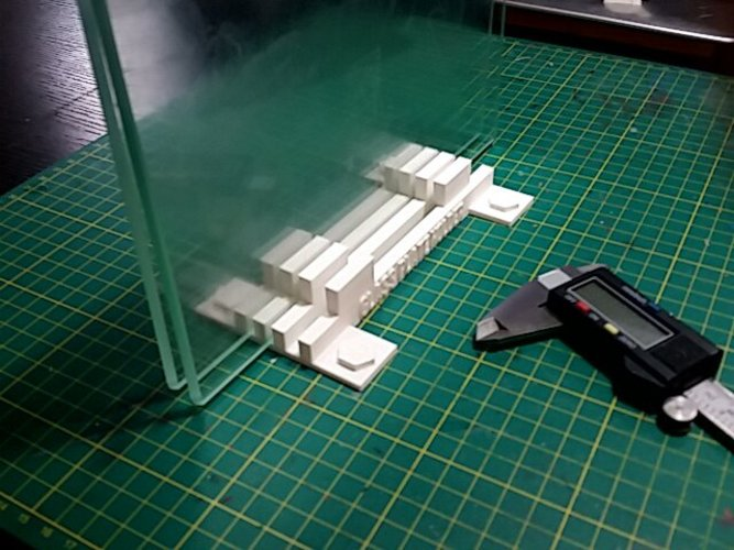 Glass Plate Holder 3D Print 30184