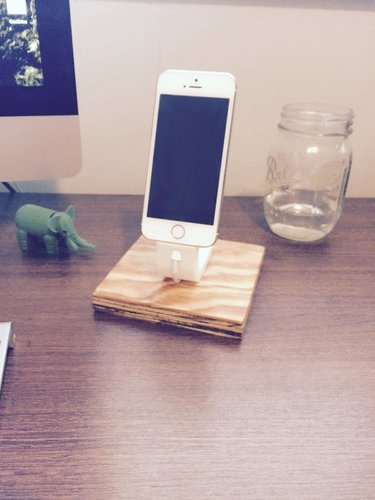 The Ess, Apple Lightning Cord Charging Dock for iPhone 5/5S/ 3D Print 30359
