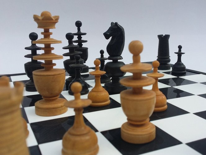 Glossy chessboard, easy to store. 3D Print 32453