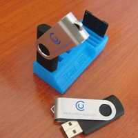 Small Tomi 3D Usb & SD Card holder 3D Printing 32492