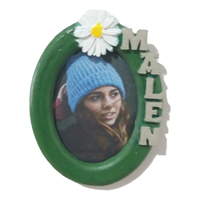 Small Photo frame MALEN oval 30x40 with daisy 3D Printing 328704