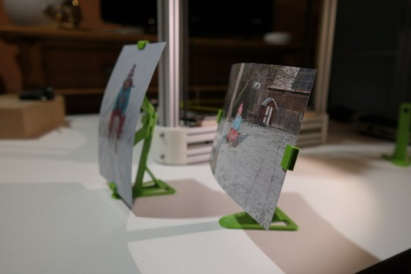 Medium Stand for floating photo frame 3D Printing 34647