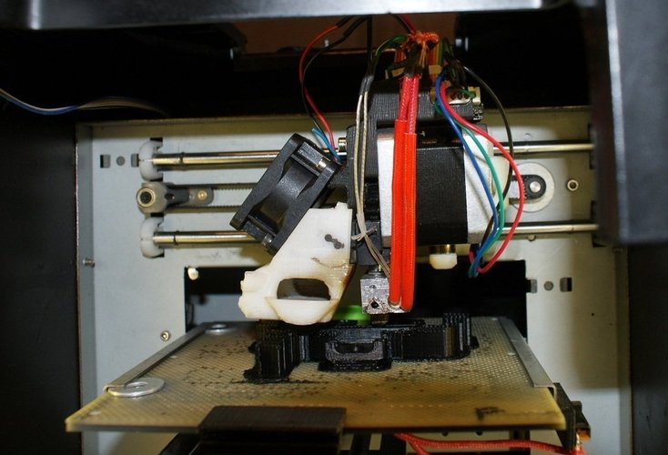 UP Mini extruder mag mount modified to accept a Nema 17 stepper 3D Print 40610