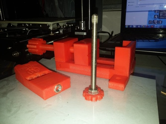 Adjustable Pocket Hole Jig with Vise 3D Print 41095
