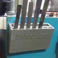 Small TWEEZERS TOOL HOLDER 3D Printing 41112