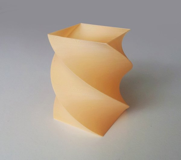 Medium  Simple Twisted Vase 1 3D Printing 45088