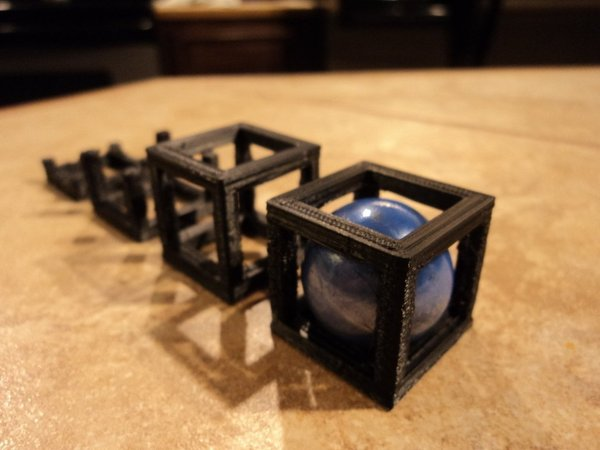 Medium Ball in cube (or Rolling Cube) 3D Printing 53347