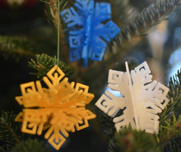 Medium MkrClub Snowflake - 3-part tree ornament/decoration 3D Printing 55080