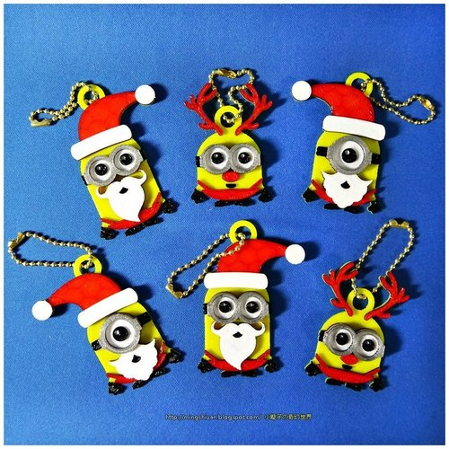 Minions Keychain / Magnets -Christmas cute version 3D Print 55116