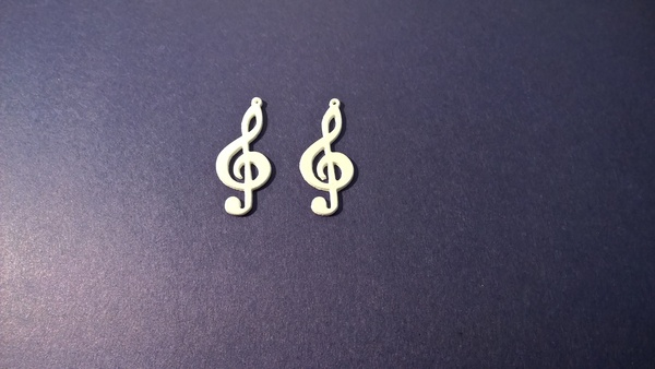 Medium Treble Clef Earring 3D Printing 60070