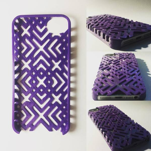 Medium iPhone 5/5S Case/Cover 3D Printing 70240