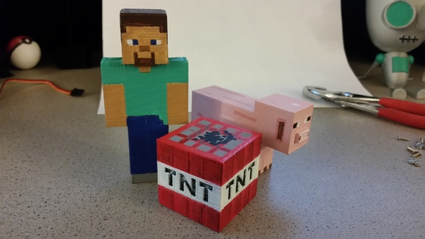 Medium Minecraft - Steve, TNT and Pig 3D Printing 79798