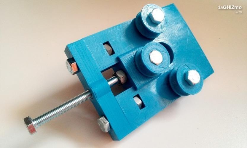 3D Printed Mini Roll Bender (calandra) by theGHIZmo | Pinshape