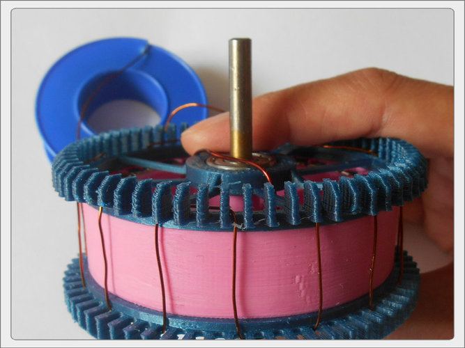 Radial low-RPM Halbach array PM Generator with serpentine coils. 3D Print 93570