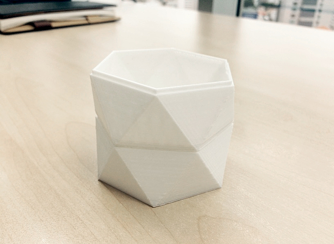 Low Poly Tray - Stackable 3D Print 98290
