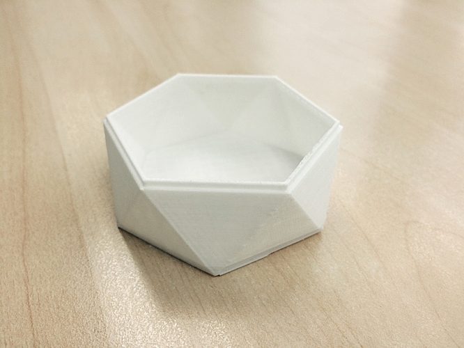 Low Poly Tray - Stackable 3D Print 98291