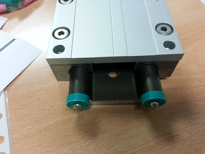 Mechanical stop for 16mm IGUS Drylin W rails 3D Print 99001