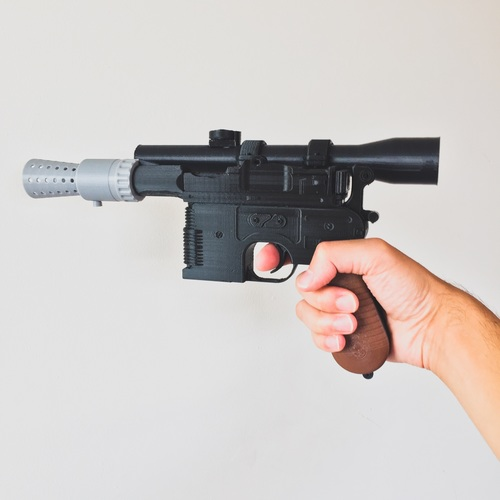 Model kit - Han Solo's DL-44 Heavy Blaster Pistol 3D Print 10437