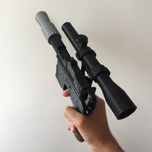 Model kit - Han Solo's DL-44 Heavy Blaster Pistol 3D Print 10438
