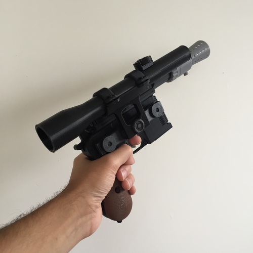 Model kit - Han Solo's DL-44 Heavy Blaster Pistol 3D Print 10439
