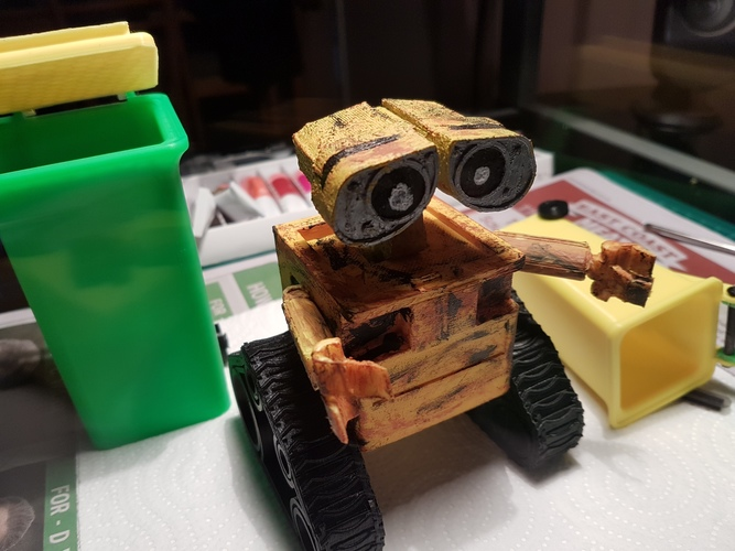 WALL-e  ( cut into parts ) 3D Print 12524