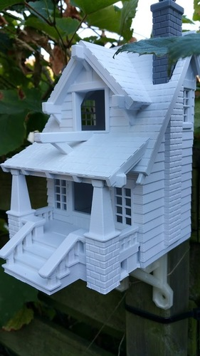 the American Craftsman Bungalow Birdhouse 3D Print 12634