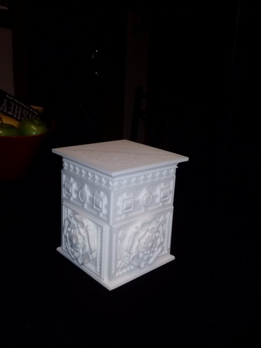 The Tudor Rose Box (with secret lock) 3D Print 12718