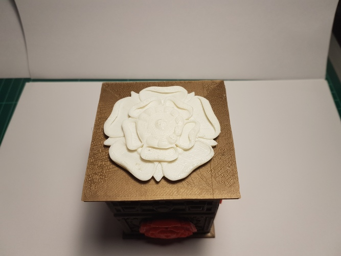 The Tudor Rose Box (with secret lock) 3D Print 13070