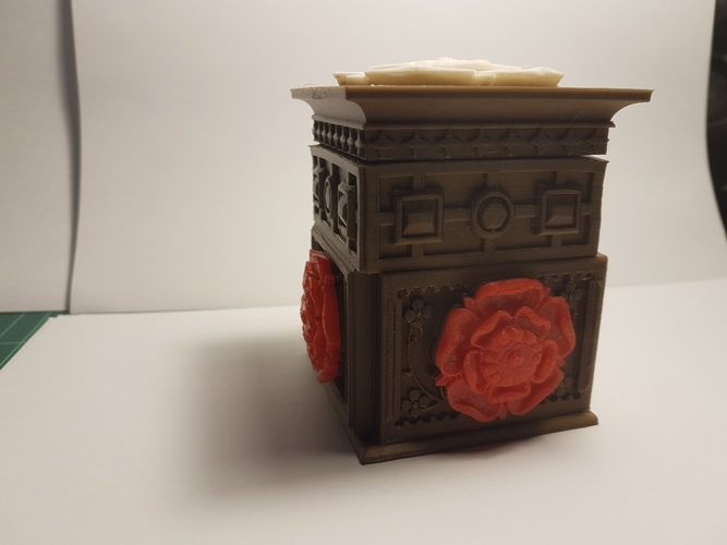 The Tudor Rose Box (with secret lock) 3D Print 13071
