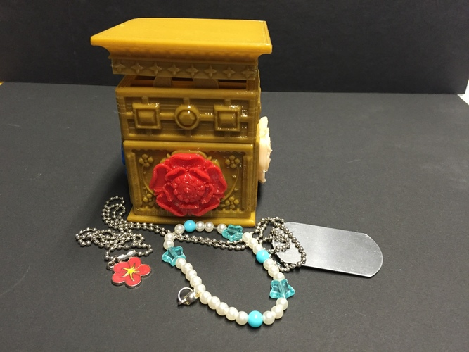 The Tudor Rose Box (with secret lock) 3D Print 13130