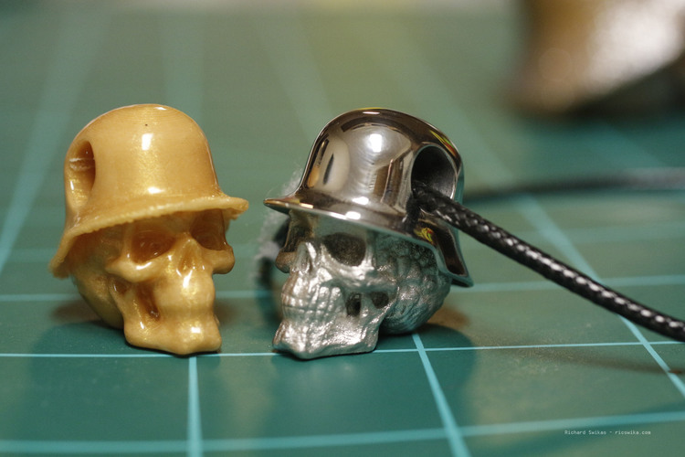 Hole in Head Army Skull Pendant 3D Print 13504