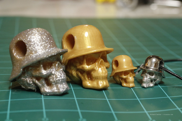 Hole in Head Army Skull Pendant 3D Print 13505