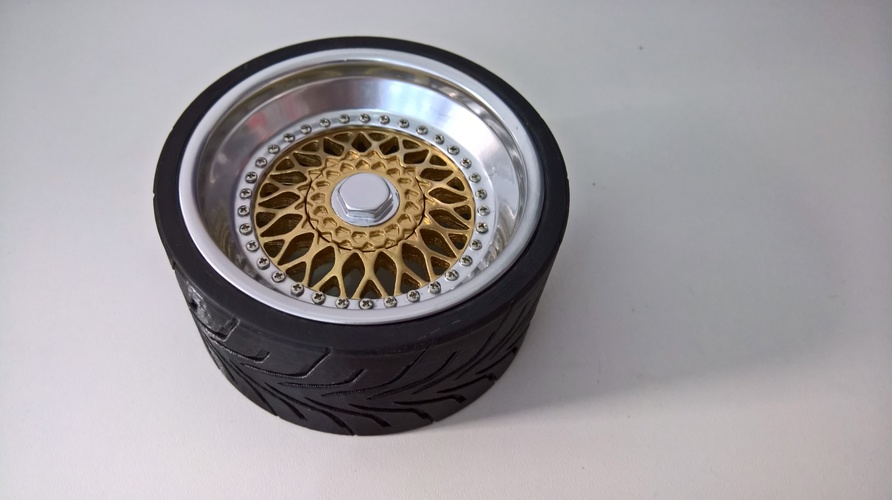 Wheel(BBS RS and Toyo R888) 1/4 3D Print 13705