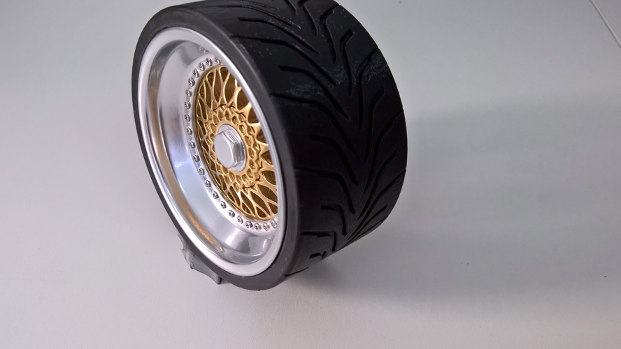 Wheel(BBS RS and Toyo R888) 1/4 3D Print 13707