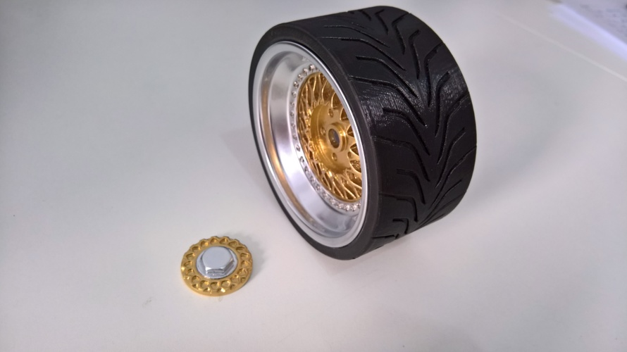 Wheel(BBS RS and Toyo R888) 1/4 3D Print 13711