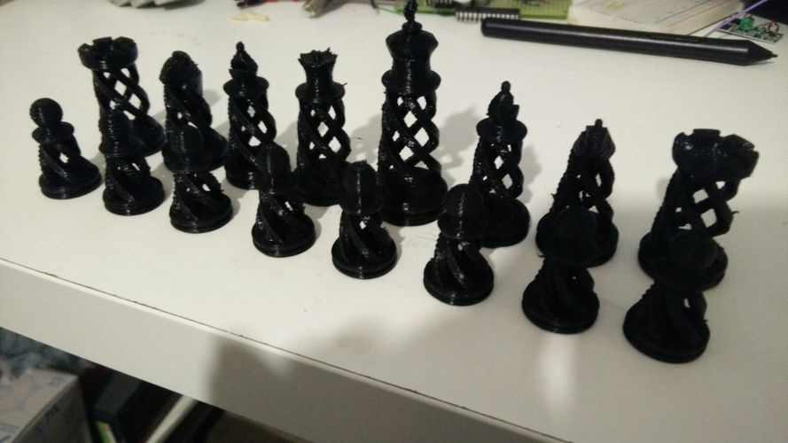 Spiral Chess Set (Large) 3D Print 14188