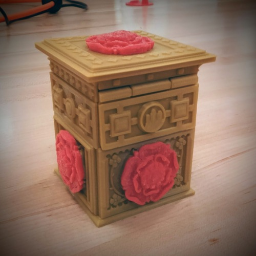 The Tudor Rose Box (with secret lock) 3D Print 14223