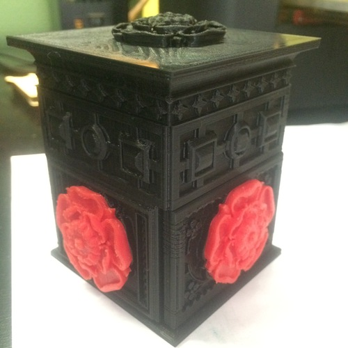 The Tudor Rose Box (with secret lock) 3D Print 1535