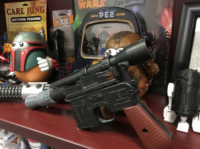 Model kit - Han Solo's DL-44 Heavy Blaster Pistol 3D Print 15636
