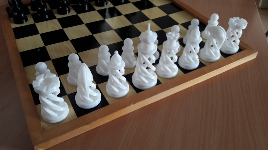 Spiral Chess Set (Large) 3D Print 16180