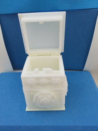 The Tudor Rose Box (with secret lock) 3D Print 17041