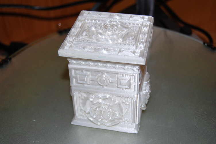 The Tudor Rose Box (with secret lock) 3D Print 17971