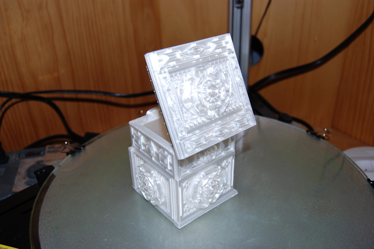 The Tudor Rose Box (with secret lock) 3D Print 17974